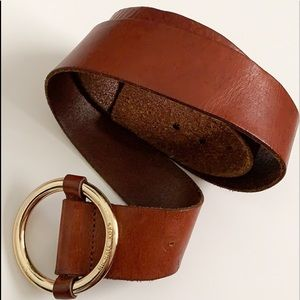Michael Kors Vintage Big Circle Buckle Belt